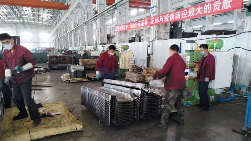 焊本调试烟台汽车制造公司中频点焊机2