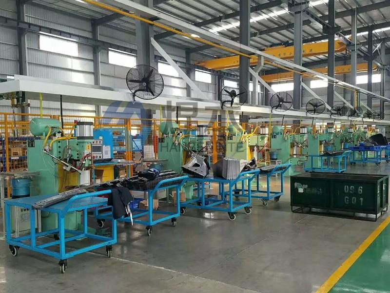 焊本点焊机螺母机在一汽大众配件工厂