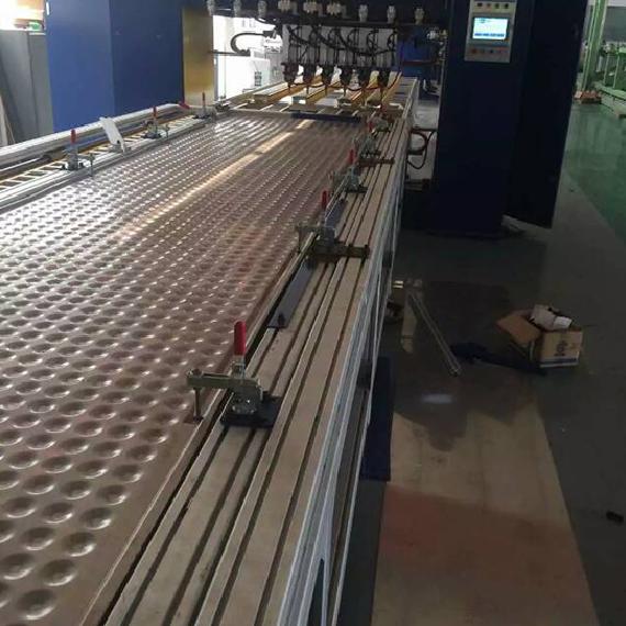 锅炉板式换热器自动点焊机