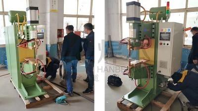 焊本为青岛某公司调试并培训中频点焊机