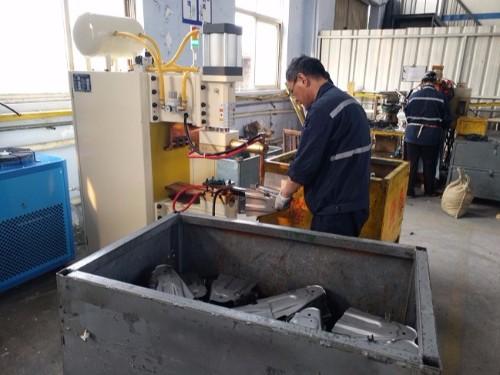五菱汽车供应厂商使用焊本点焊机