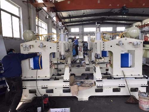 青岛海尔微波炉储能焊机生产线