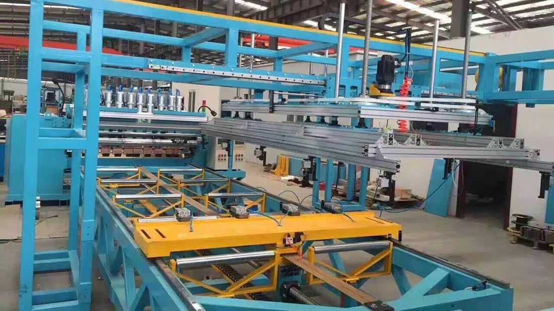 龙门焊机生产现场2