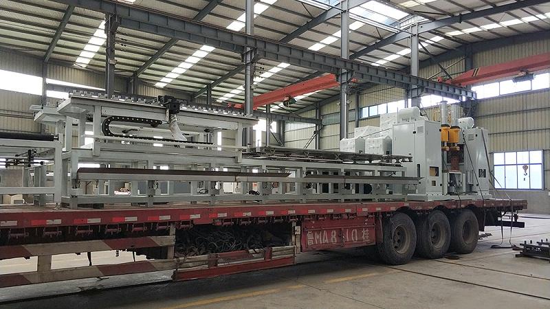 龙门式点焊机生产现场