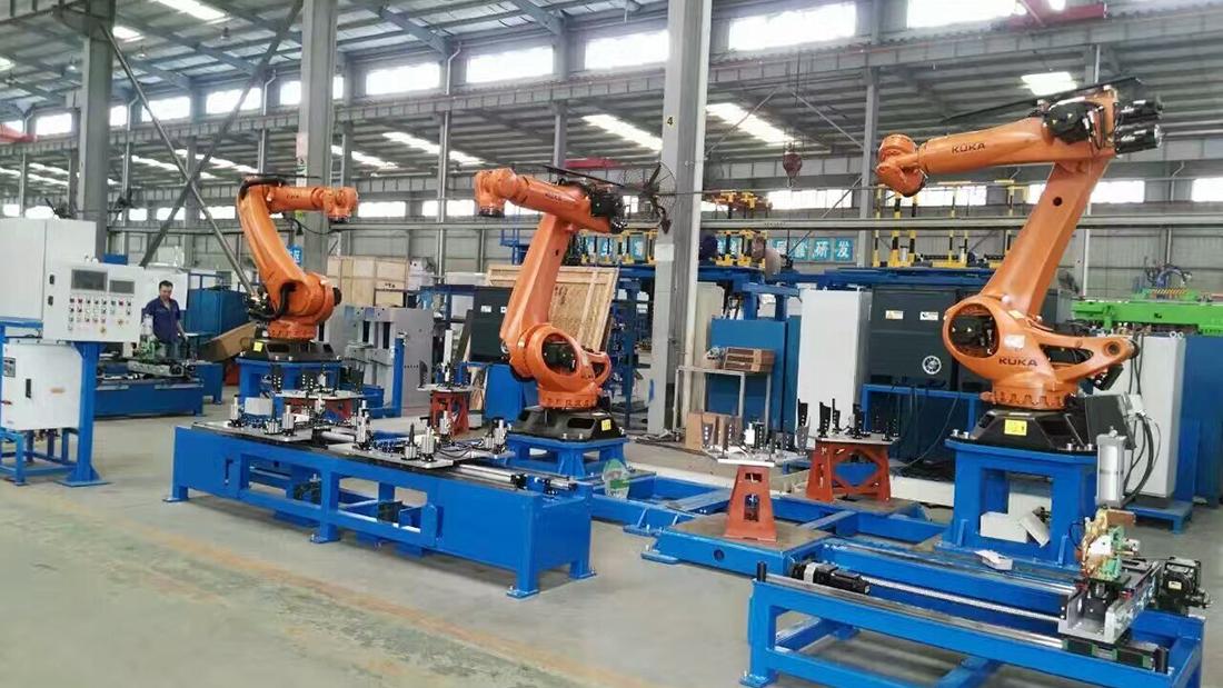 焊接机器人生产现场