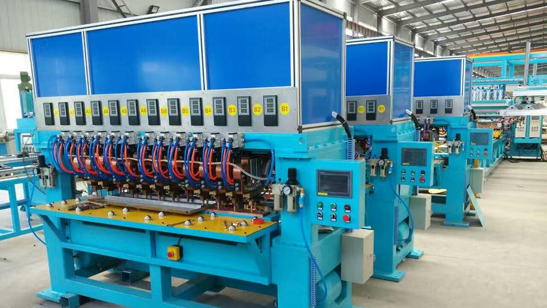 龙门焊机生产现场