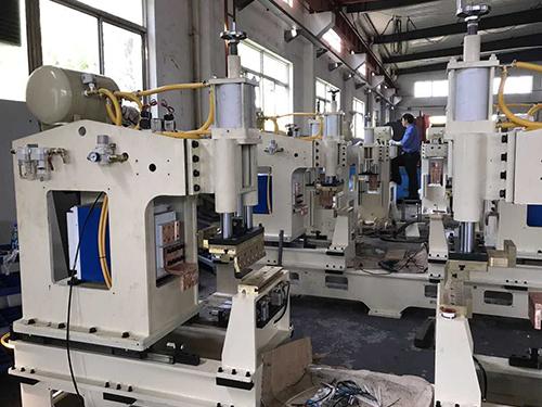 青岛焊本为海尔量身打造油烟机专用焊接设备