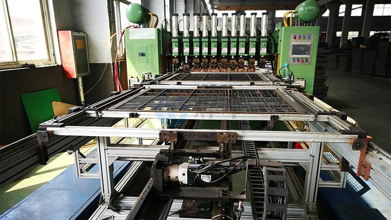 焊本排焊机