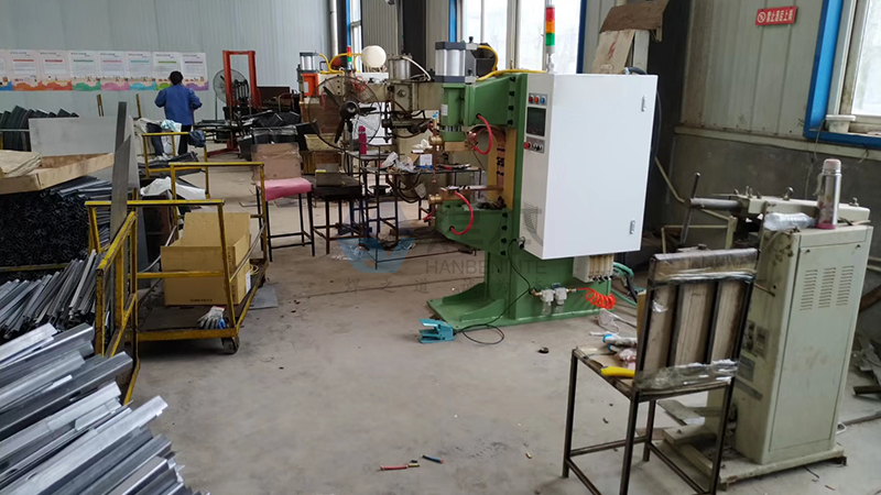潍坊千合焊本中频点焊机1