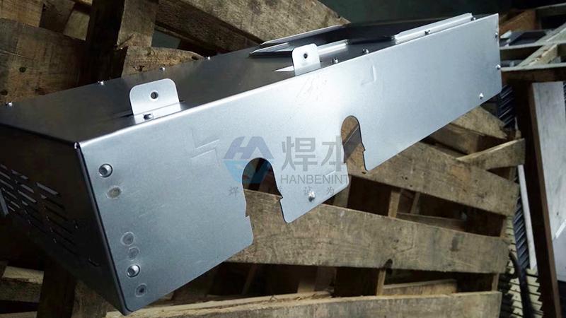 安装调试镀锌板中频螺母点焊机2